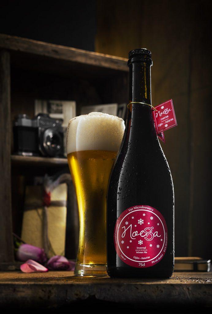 Bodegón publicitario cerveza artesana Noega de Asturias