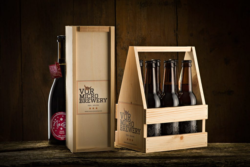 Bodegón presentación de cervezas artesanas asturianas