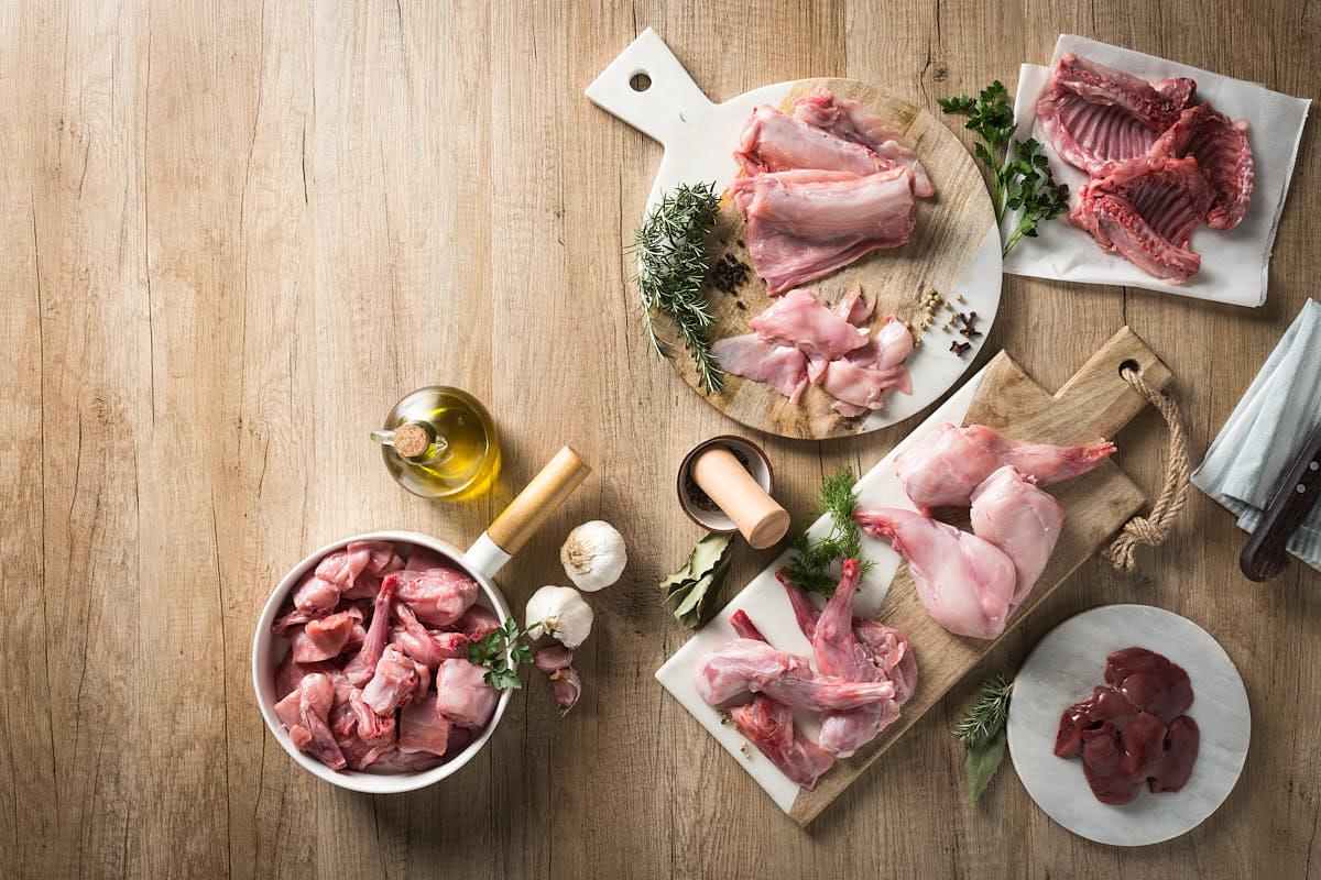 Bodegón Alimentación Carnes de Aves