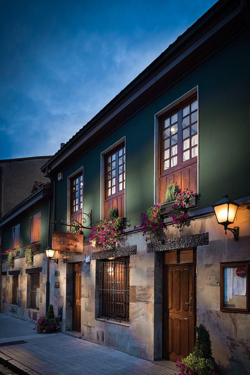 Exterior del restaurante La Pondala en Gijón Asturias