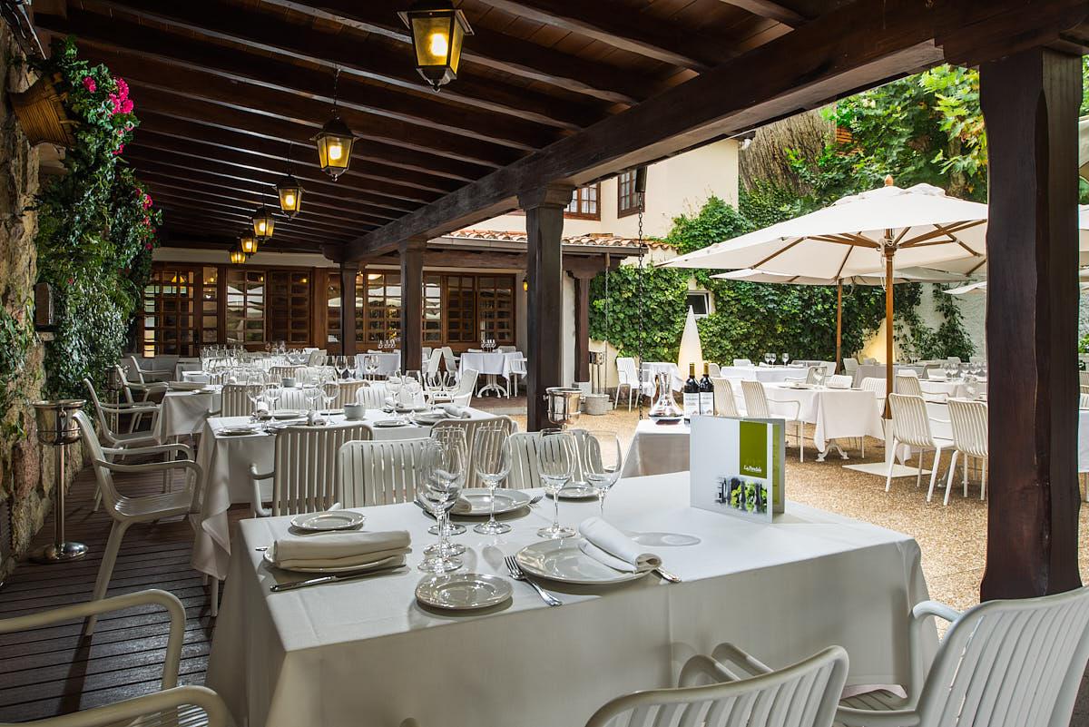 Reportaje Interiorismo Restaurante La Pondala
