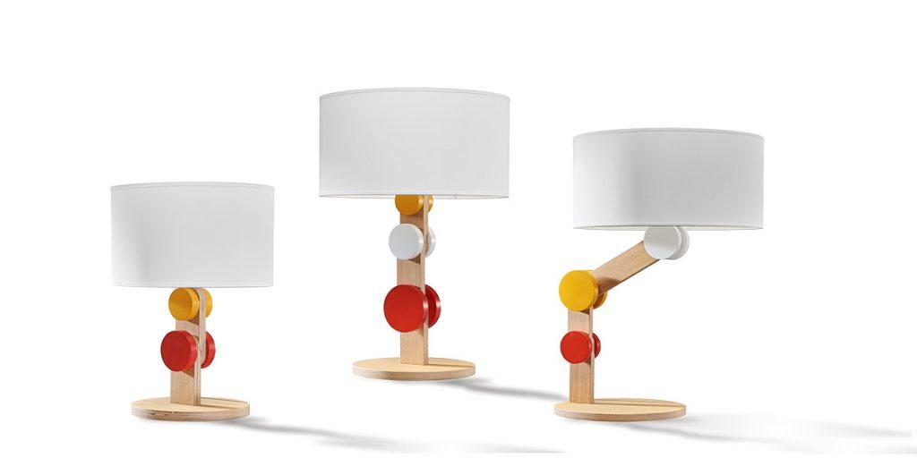 Fotografía de lámparas de diseño sobre fondo blanco